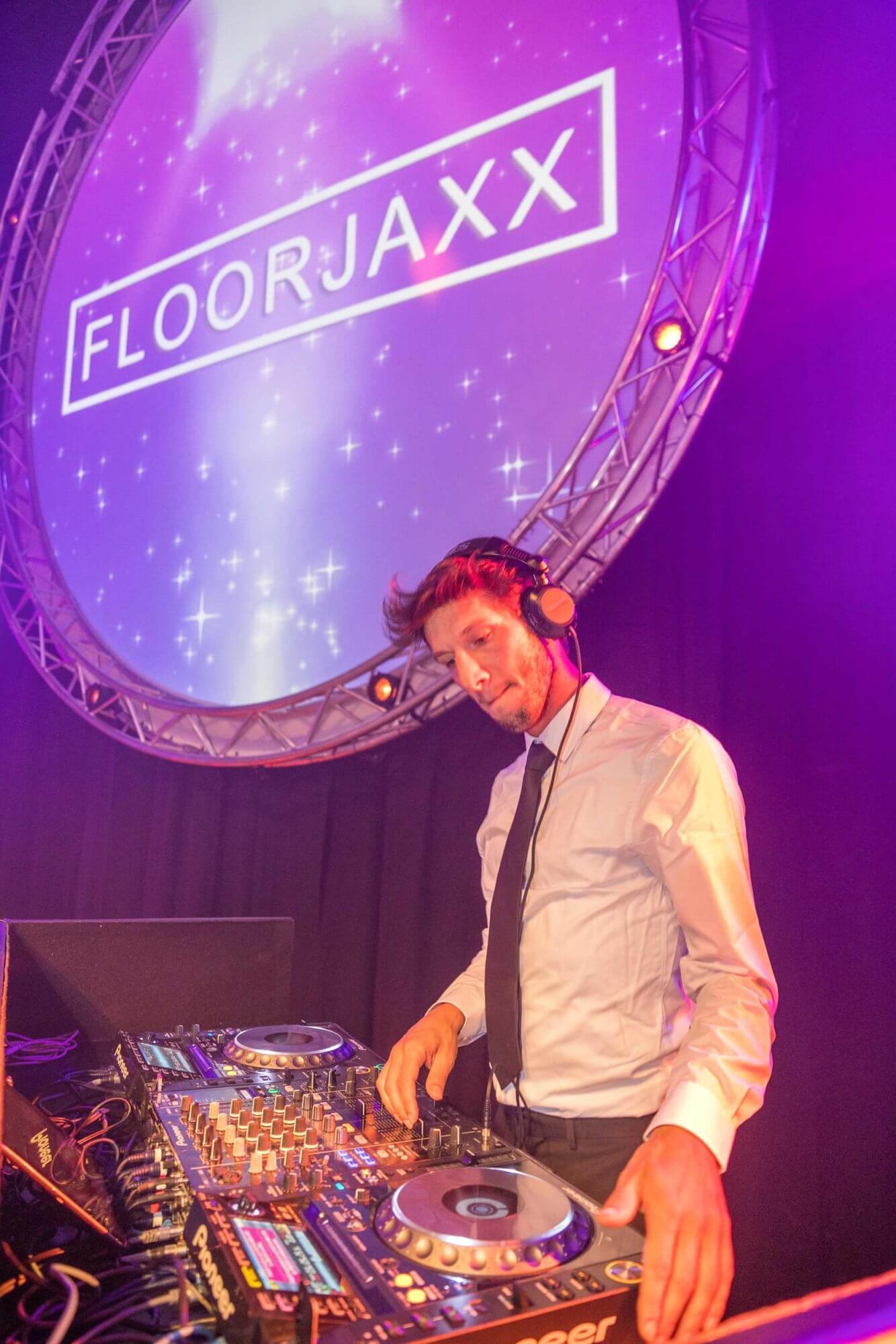 FloorJaxx 11